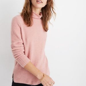 Madewell pink inland wool turtleneck sweater